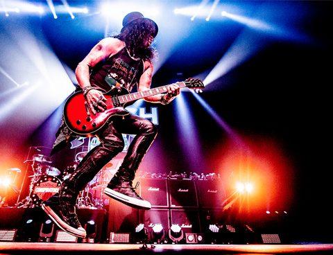 Gitaarvirtuoos Slash blaast AFAS Live omver