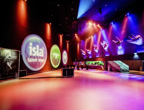 isla Talent Stage